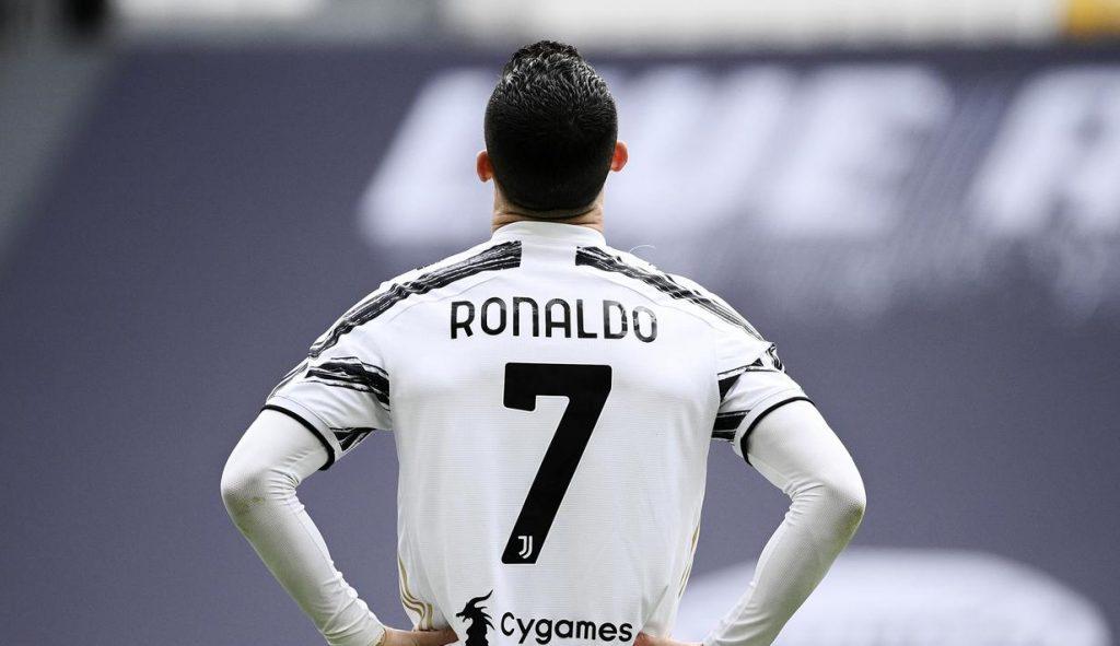 Cristiano Ronaldo jadi Pencetak Gol Terbanyak